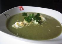Sopa Verde con Huevo Rallado